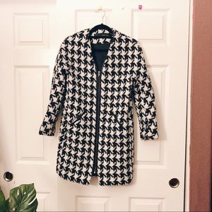 Zara Jackets & Coats - Zara Houndstooth Pattern Coat